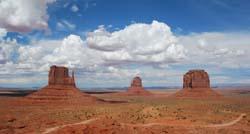 Monument-Valley-Navajo-Tribal-Park